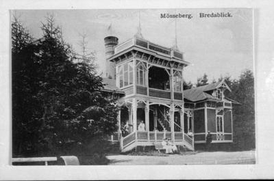 Gamla Bredablick på Mösseberg uppfört 1885. Var först sanatorium, sedan serveringspaviljong.  Revs 1962 för att ge plats åt nya Bredablick.