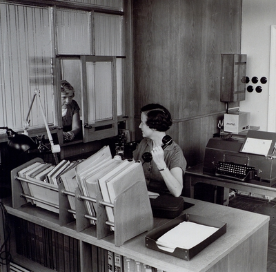 Interiör från modern telegramexpedition, Högalid, Stockholm.