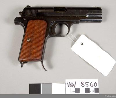 Pistol m/1937 Ungern