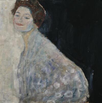 Dame in Weiß