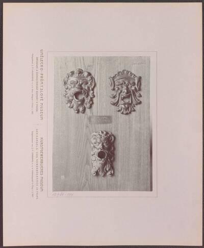 Fotografie dreier Brunnen-Wasserspeier aus Bronze, aus Süddeutschland aus dem 16. Jh. (vom Bearbeiter vergebener Titel)