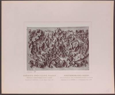 Fotografie eines Holz-Schnitzwerkes, aus Italien aus der zweiten Hälfte des 18. Jh. (vom Bearbeiter vergebener Titel)