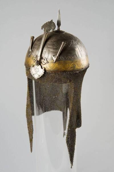 Helm (Khula-khud)