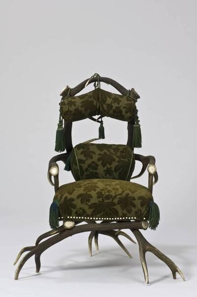 Armlehnsessel aus dem Jagdschloss Mürzsteg