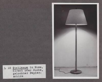 Stehlampe (vom Bearbeiter vergebener Titel)