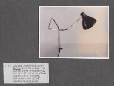 Schreibtischlampe, Rohrwinkelpatent (vom Bearbeiter vergebener Titel)