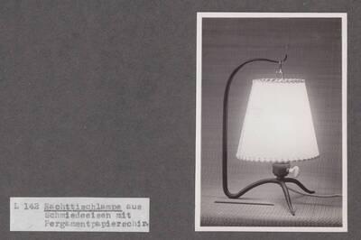 Nachttischlampe (Originaltitel)