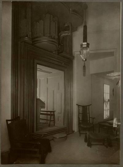 Innenraum des Orgelturms auf der