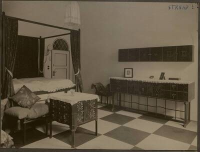 Fotografie des Schlafzimmers der Wohnung Hellmann, Wien I., Rathausstraße 17 (vom Bearbeiter vergebener Titel)