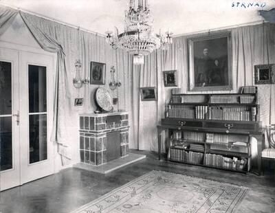 Fotografie des Ateliers von Hugo von Hofmannsthal in seiner Stadtwohnung, Wien I., Stallburggasse 2 (vom Bearbeiter vergebener Titel)