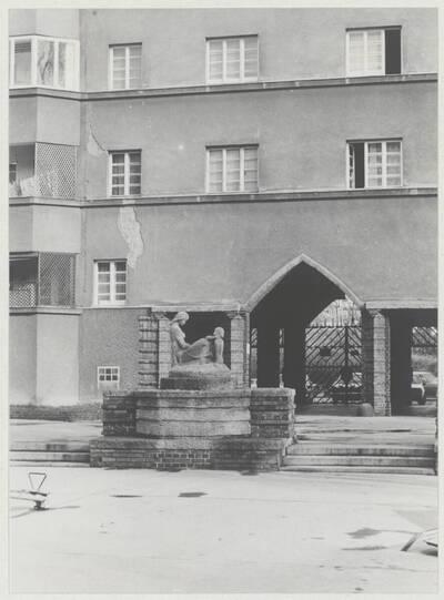 Detailansicht des Wohnhaus der Gemeinde Wien