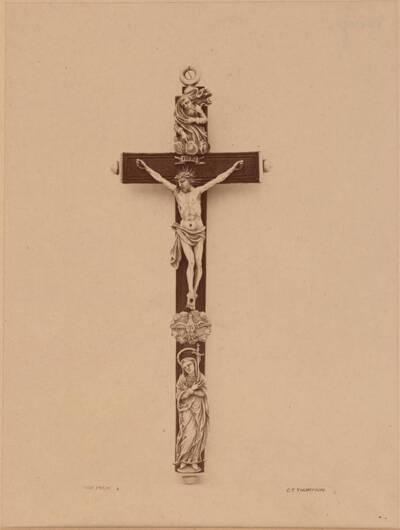 Fotografie eines Kruzifixes aus Elfenbein und Holz aus dem ehem. South Kensington Museum, London (vom Bearbeiter vergebener Titel)