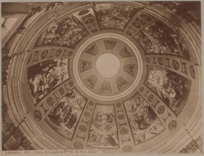 Fotografie einer Kuppel der Basílica de Nuestra Señora del Pilar, in Saragossa (vom Bearbeiter vergebener Titel)