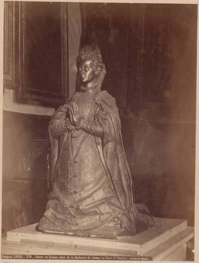 Fotografie einer vergoldeten Bronze-Statue der Herzogin von Lerma, von Leoni Pompeo (vom Bearbeiter vergebener Titel)