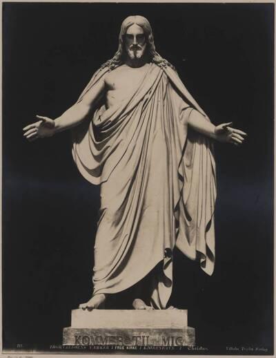 Fotografie einer Christusstatue von Bertel Thorvaldsen (vom Bearbeiter vergebener Titel)