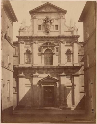 Fotografie der Fassade der Kirche San Raimondo al Refugio in Siena (vom Bearbeiter vergebener Titel)