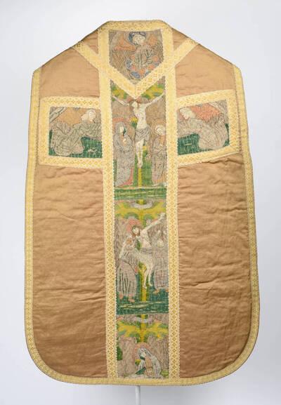 Kaselkreuz mit Kreuzigung und Kreuzabnahme