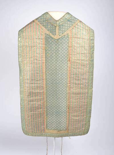 Historisierender orientalischen Stoffen, Streifen und Rhombenmuster, Stabborten fehlen