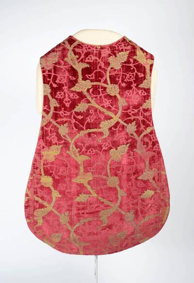 Granatapfelsamt in rot und gold mit Rankenmuster