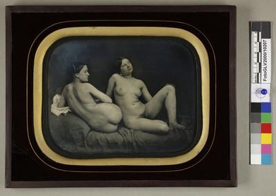 Zwei Frauenakte