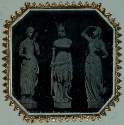 Drei Figuren von Hans Gasser für das Hentzi-Denkmal in Budapest 1851