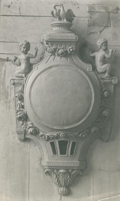 Klocka av bildhuggare Fritz Johansson, 1929