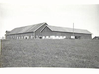 Kvisätter, ladugårdsbyggnad uppförd 1914.