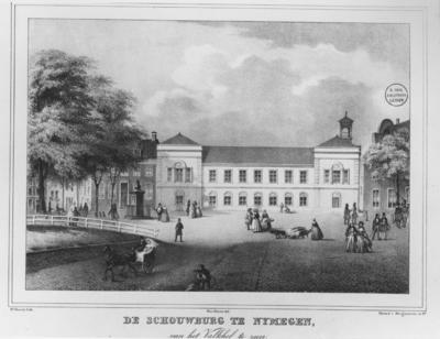 Een litho van Otto Howen (9-3-1774 - 25-5-1848) , voorstellende de Schouwburg, gezien vanaf het Valkhof; negatiefnummers : 1530 (met stempel) en 29018 (zonder stempel); het origineel bevindt zich in de collectie Bodel te Leiden (Universiteitsbibliotheek)