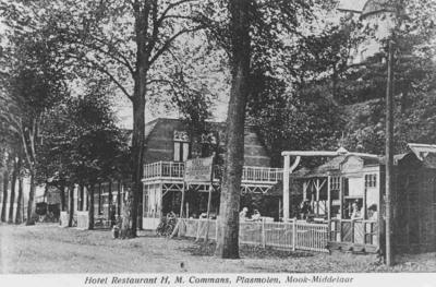 In 1907 bouwde de Arnhemse timmerman Geerlings een woning annex koffiehuis; in 1910 nam Peter H, Gommans uit Sevenum het over en vestigde er een hotel-pension met de naam Buitenlust. Ter hoogte van Buitenlust was een wisselplaats van de Maasbuurt Spoorweg. Achter het hotel op de heuvel de in 1862 gebouwde korenmolen