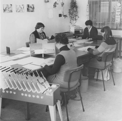 Overzicht van de afdeling Mailing met medewerkers van Breed-WNO