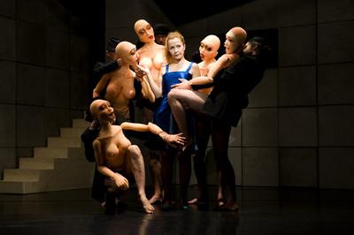 Ljubljana Puppet Theatre 2009 Love dolls