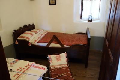 Preseren House 2013 master bedroom