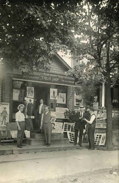 """Parduotuvė ir siuvykla """"Tony Smith / Tailor shop"""". 1910"""