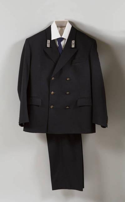 Geležinkelio darbuotojo uniforminis kostiumas. 2000