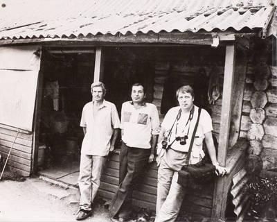 Miečionių kaimo žmonės. Nuotraukų autorius Algis Jakštas, Gintautas Vitėnas ir Juozas Balčiūnas. - 2002