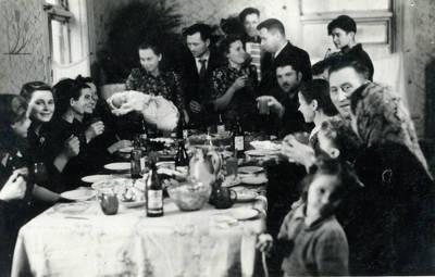 Juozas Karazija. Fotografija 21208. 1953-10-28