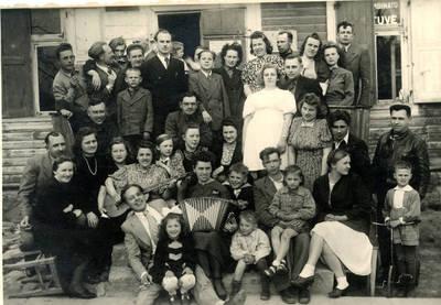 Juozas Karazija. Fotografija 21222. 1948-05-01