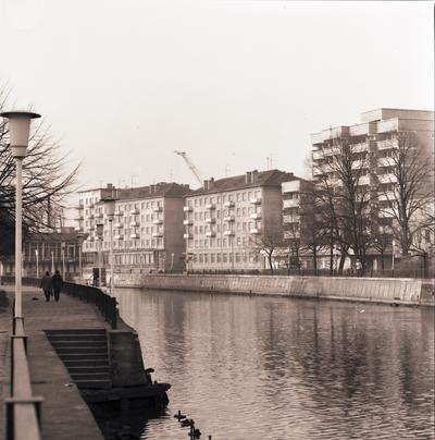 Klaipėda. Dešinioji Danės krantinė tarp Biržos ir Pilies tiltų / Bernardas Aleknavičius