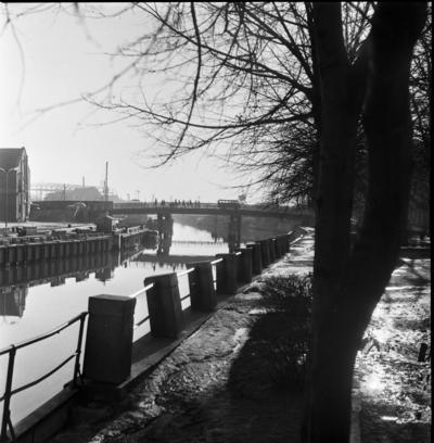Klaipėda. Danės upė ir Pilies tiltas / Bernardas Aleknavičius