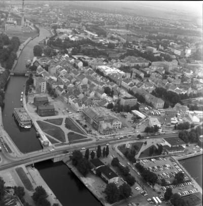 Klaipėda. Klaipėdos panorama / Bernardas Aleknavičius. - 1989