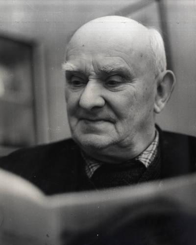 Visuomenės ir politikos veikėjas, Šilutės miesto garbės pilietis Jurgis Plonaitis. Portretinė nuotrauka / Bernardas Aleknavičius. - 1980