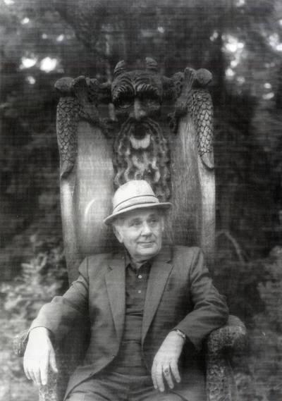 Kurtas Vėlius. Portretinė nuotrauka / Bernardas Aleknavičius. - 1989