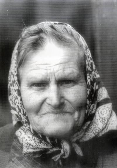Madlynė Jakumeit-Dinienė. Portretinė nuotrauka / Bernardas Aleknavičius. - 1981