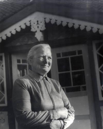 Ana Baltrušaitytė-Pareigienė. Portretinė nuotrauka / Bernardas Aleknavičius. - 1989