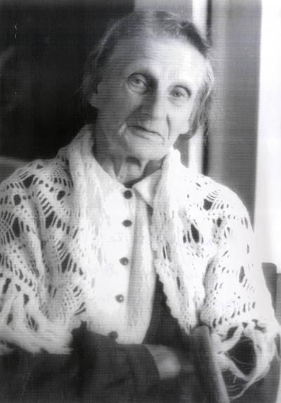 Ona Juraškaitė-Vitienė. Portretinė nuotrauka / Bernardas Aleknavičius. - 1982