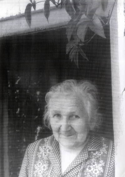 Irma Mikšas-Šližienė. Portretinė nuotrauka / Bernardas Aleknavičius. - 1990