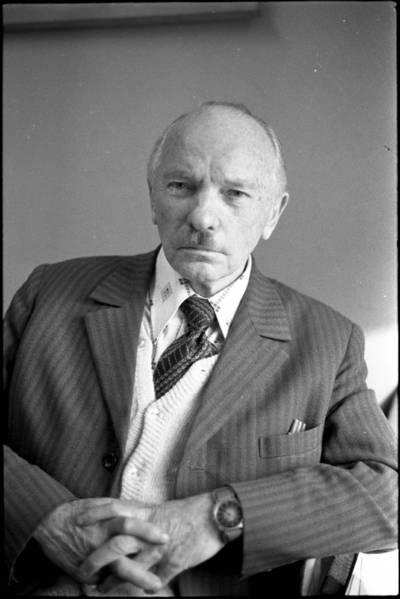 [Gydytojas, higienistas, visuomenės veikėjas Vladas Kviklys] / Audronius Ulozevičius. - 1978