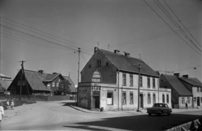 [Pastatai Tilžės g. 11 ir Butsargių g. 2, kuriuose 1925-1938 m. gyveno ir kūrė rašytoja Ieva Simonaitytė] / Bernardas Aleknavičius. - 1966