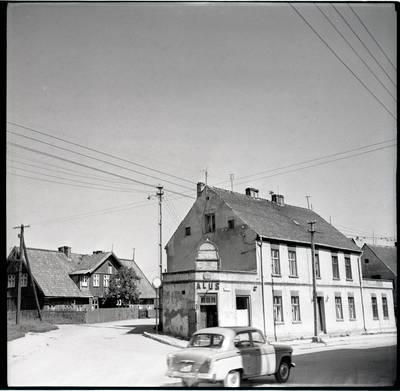 [Pastatai Tilžės g. 11 ir Butsargių g. 2, kuriuose gyveno ir kūrė rašytoja Ieva Simonaitytė] / Bernardas Aleknavičius. - 1966