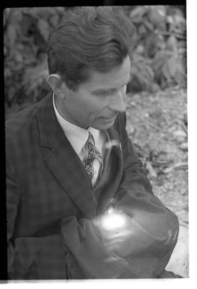 [Tautodailininkas Vytautas Majoras. Priekulė] / Bernardas Aleknavičius. - 1967